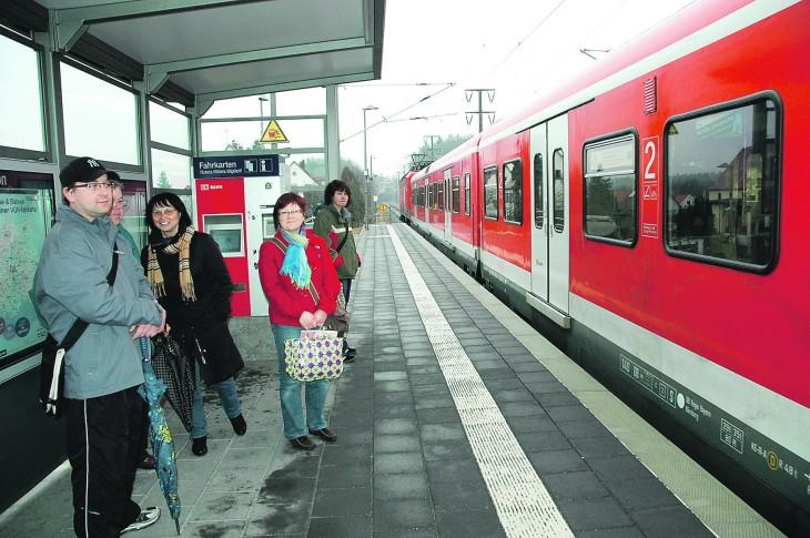 Das Warten auf verspätete S-Bahnen ist für viele Ottensooser laut den Aufzeichnungen von Peter Gebhard in den vergangenen Wochen fast schon zur Normalität geworden.
