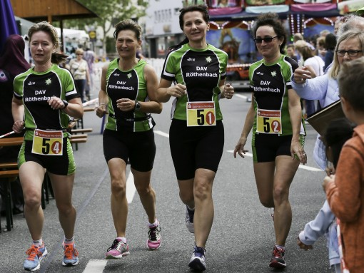 Die Steinberghexen siegten bei den Damen.