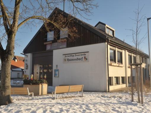 Das 1972 erbaute Haimendorfer Feuerwehrhaus ist ein Treffpunkt für Vereine. Unter dem Dach befindet sich ein Versammlungssaal.